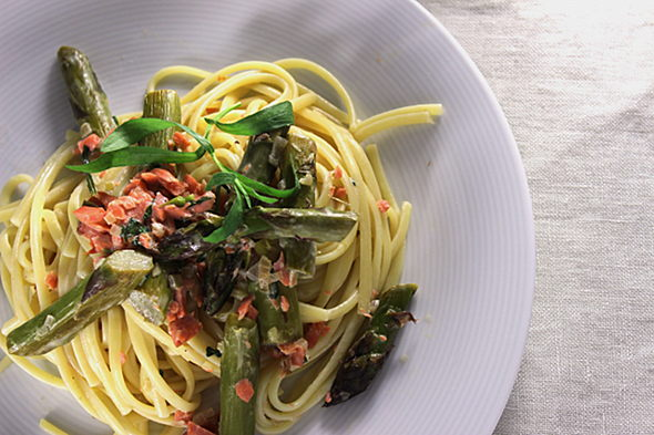 Linguine with Smoked Salmon-foodforfreude